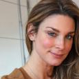 """Diese Woche steht Claudelle Deckert wieder als Eva Wagner bei """"Unter uns"""" vor der Kamera […]"""
